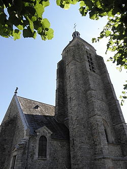Villeblevin (89) Église.jpg