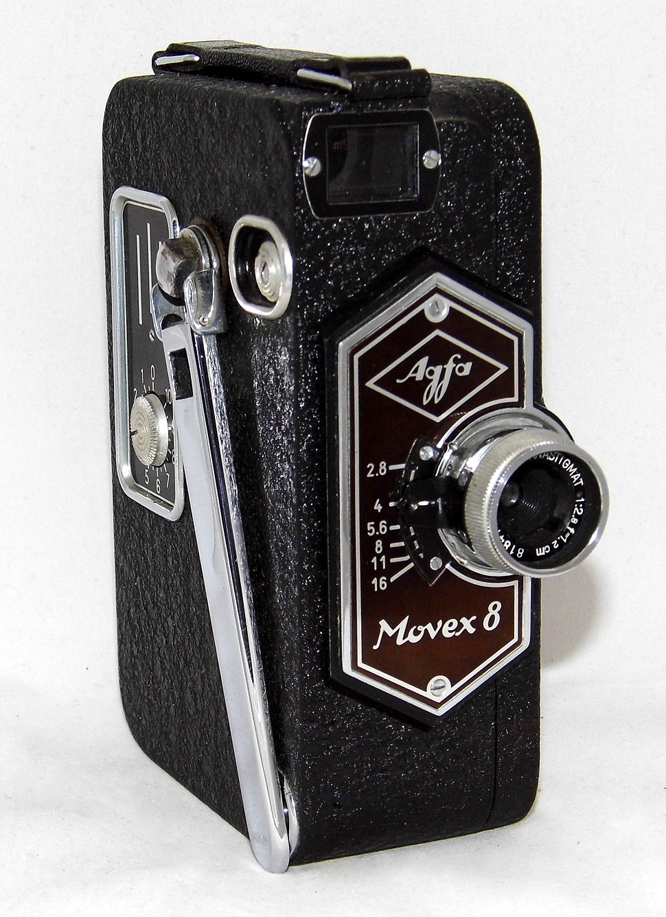 Vintage Agfa Movex 8 Movie Camera, The First Single-8 Camera To Use Film In A Cartridge, Made In Germany, Circa 1937 (21179067050)