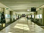 Virgin Blue Brisbane Airport Domestic Terminal 02.jpg