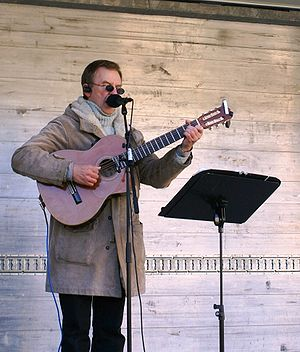 2009 Icelandic financial crisis protests - Hörður Torfason at the second weekly protest, on 18 October 2008