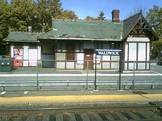 Waldwick station - Image: Waldwick train station