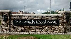 Moodiesburn - Image: Welcometomoodiesburn