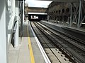 Whitechapel station ELL look north3.jpg
