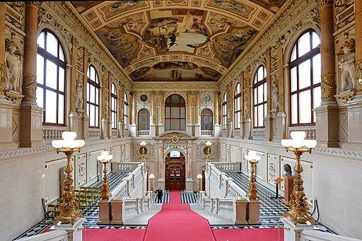 Wien - Burgtheater, linke Feststiege