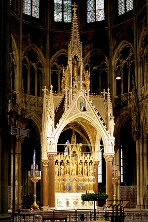 Votive Church, Vienna - Main altar