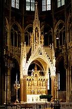 Wien_-_Votivkirche,_Hochaltar.JPG