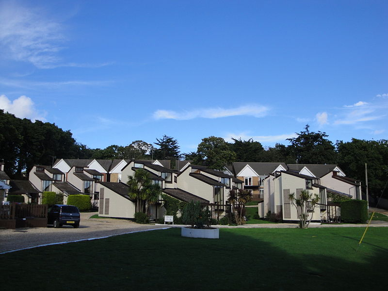 File:Wootton Creek Gardens development 2.JPG