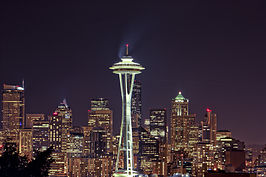 De Space Needle in de nacht
