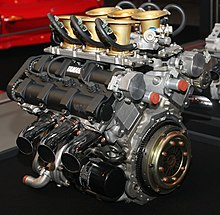 v6 engine yamaha ox66 engine as used in their outboard motor range