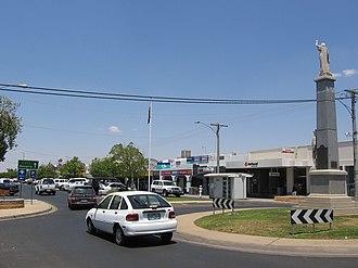 Yarrawonga, Victoria - Image: Yarrawonga Streetscape