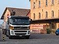 Ziegelei Berg mit Volvo LKW.jpg