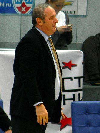 Aris B.C. - Zvi Sherf, coach of the team (1992–93)