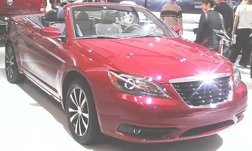 '13 Chrysler 200 Convertible (MIAS '13)
