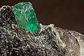 Émeraude, phlogopite, quartz 7100.0055.jpg