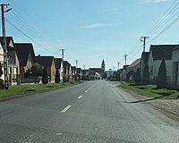 Újpetre, Kossuth utca.jpg