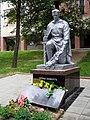 Братська могила радянських воїнів на Пашинах (монумент).jpg