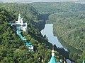 Загальний вид на комплекс пам'ятників Святогірського заповідника.jpg