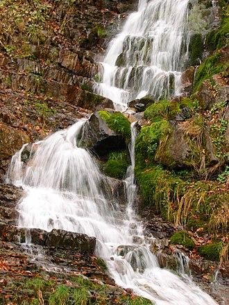 National Nature Park Synevir - Image: Кам'янецький водоспад (Синевир)
