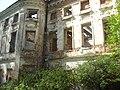 Тихвинское, крупный план дома.jpg