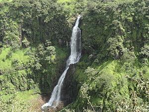 Thoseghar Waterfalls - Image: ತೋಶೆಘರ್ ಜಲಪಾತ