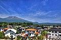 北陸新幹線からの浅間山 - panoramio.jpg