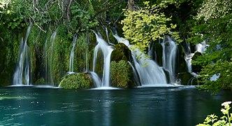 Plitvice Lakes National Park - Wikipedia