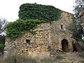 014 Casalot abandonat vora l'església de Marmellar.JPG