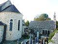 055 Daoulas L'ossuaire et le chevet de l'église paroissiale.jpg