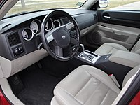 05 Dodge Magnum RT Interior (6449085877).jpg