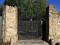149 Cal Baró, c. Onofre Talavera 4 (Alella), reixa d'entrada a la finca.jpg