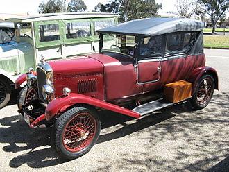Hillman 14 - 1927 Weymann-style tourer