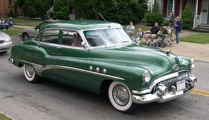 Buick Special or Super Sedan, 1951. Three Portholes are visible.