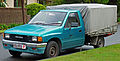 1988-1990 Holden Rodeo (TF) DLX 2WD 2-door cab chassis (2011-04-28).jpg
