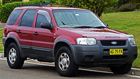 2003 Ford Escape (ZA) XLS wagon (2010-09-19).jpg