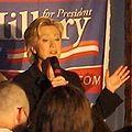 2007 Hillary Clinton Manchester NH USA 528989796 39ed2a406e o (cropped).jpg