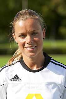 Sara Thunebro association football player