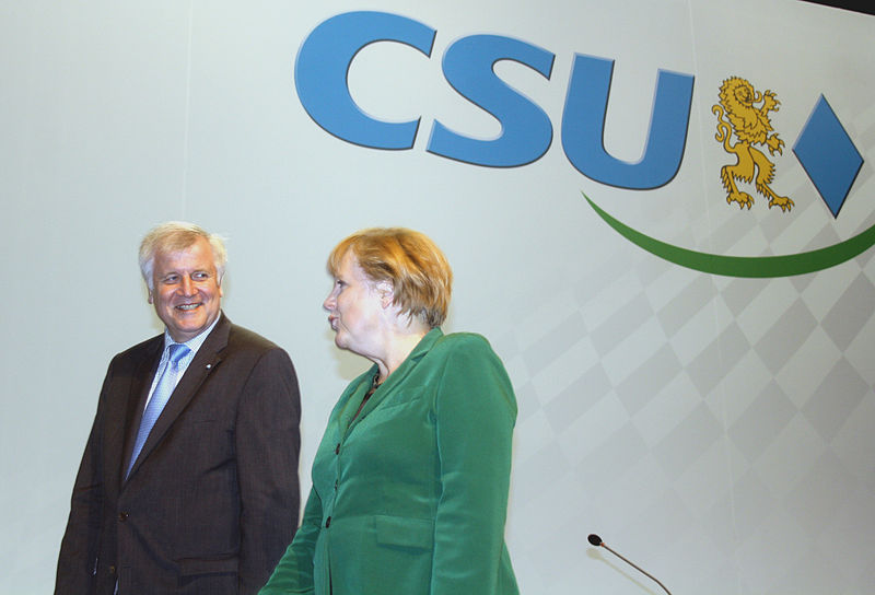 File:2012-10-19-2956-Seehofer-Merkel-CSU.jpg