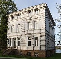 2013-04-18 Villa Ingenohl, Raiffeisenstraße 5, Bonn IMG 0031.jpg