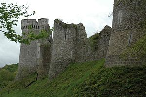 The ruins are in the very near of the motorway A13 from Rouen to Caen. It dominates the landscape.