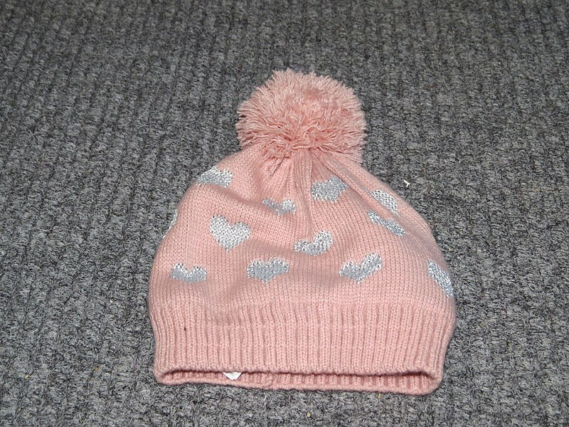 File:2018-01-01 (215) Bobble hat.jpg