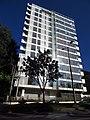 2018 Bogotá barrio El Chicó - Carrera 7 con calle 93 - Edificio Richard Meier.jpg