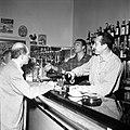 """23 et 24.08.56 Au Bar """"Chez Vincent"""" - 53Fi510.jpg"""