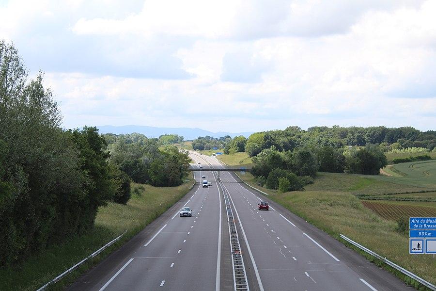 L'autoroute A40 à Saint-Cyr-sur-Menthon.