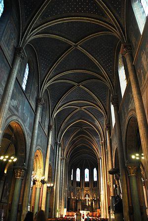 Abbey of Saint-Germain-des-Prés - Inside of Abbaye de Saint-Germain-des-Prés recently restored, 2012