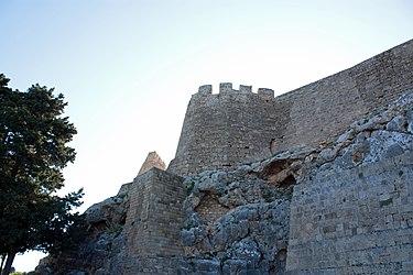Acropolis of Lindos medieval wall 2010 2.jpg