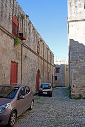 Alley in Medieval Rhodes 2010 4.jpg