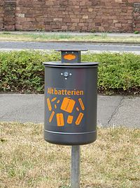 Altbatterien Sammelcontainer Stadt Karlsruhe.jpg