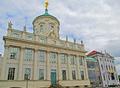 Altes Rathaus und Knobelsdorffhaus - Potsdam (2014).png