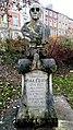 Amiens, square Montplaisir, buste de Charles Dallery 2.jpg