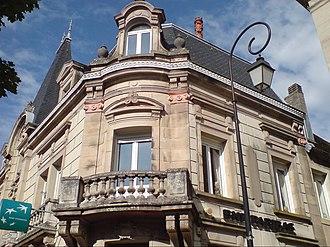 Lure, Haute-Saône - Image: Ancien hôtel particulier XIXème siècle (Lure)